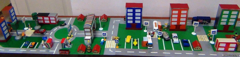Как сделать дорожное движение в детском саду